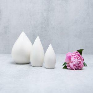 Pianca Ceramics - white ceramic vase - porcelain vase - All white living room - White interior living room - White ceramic flower vase
