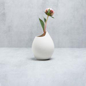 Pianca Ceramics - white porcelain vase - handmade flower vase design - white flower vase - white table vase