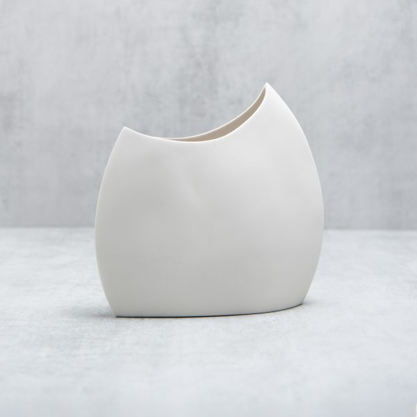 Pianca Ceramics - modern white vase - italian living room design - italian interior - home decor italy